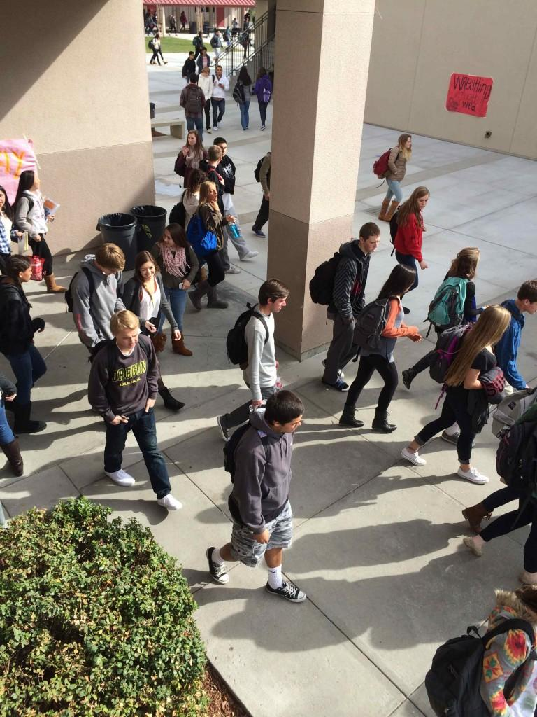 Walking+through+the+halls+is+difficult+during+passing+period%2C+but+during+a+fire+alarm+it+can+be+worse.+All+students+and+staff+evacuate+the+buildings+and+that+can+make+it+hard+to+move+quickly.+