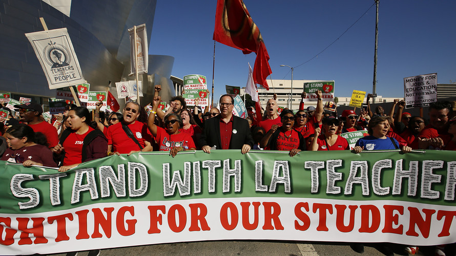 Los+Angles+teachers+on+strike+in+January+of+2019.